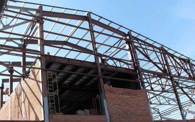 Достоинства и недостатки стальных конструкций
